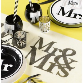 Chemin de table Mr & Mrs blanc noir intissé 5 M