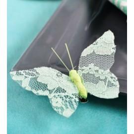 Papillon dentelle menthe sur pince les 4