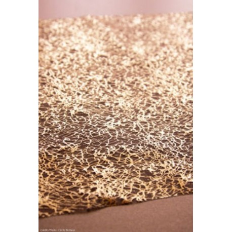 Chemin de table cristaux chocolat en organdi - Chemin de table tissu ...