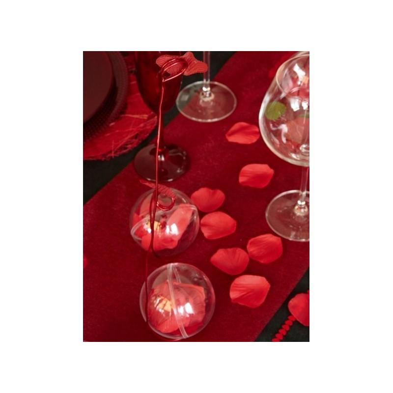 P tale rouge avec feuilles les 100 p tales de rose rouge for Decoration chambre nuptiale