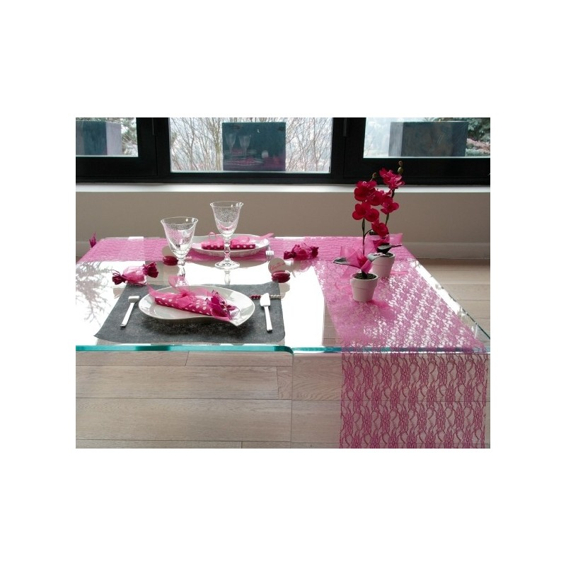 Chemin de table dentelle fuchsia pas ch re achat chemin - Chemin de table plastique ...