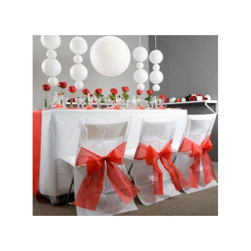 housse de chaise intiss blanc noeud rouge les 10. Black Bedroom Furniture Sets. Home Design Ideas