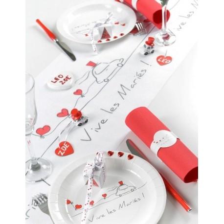 Chemin de table Vive les mariés intissé blanc