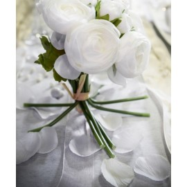 Petales blanches en tissu avec feuilles les 100