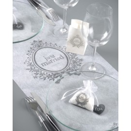 Chemin de Table Just Married Intissé Blanc 5 M