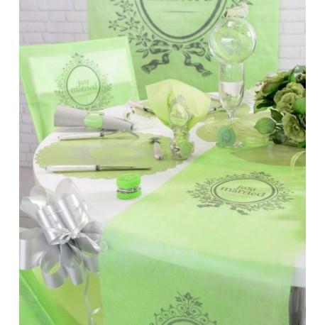 Chemin de table just married vert anis intissé 5 M