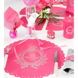 6 Sets de Table Just Married Fuchsia Ronds 34 cm