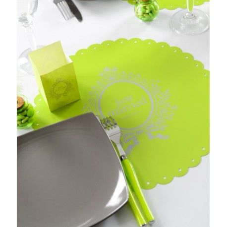 Set de table Just Married vert anis rond les 6