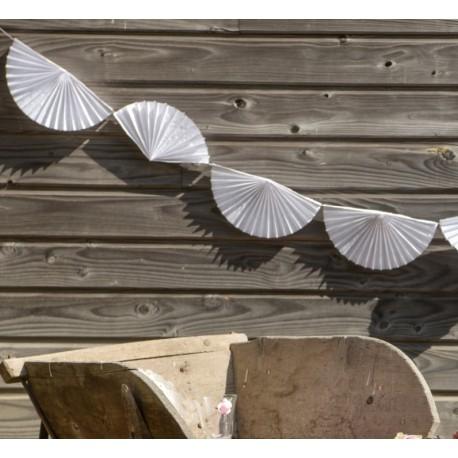 Guirlande éventail blanc en papier 300 cm