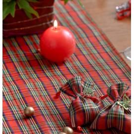 Chemin de table madras écossais rouge en tissu 5 M