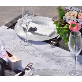 Chemin de table Joyeuses Fêtes blanc et argent 5 M
