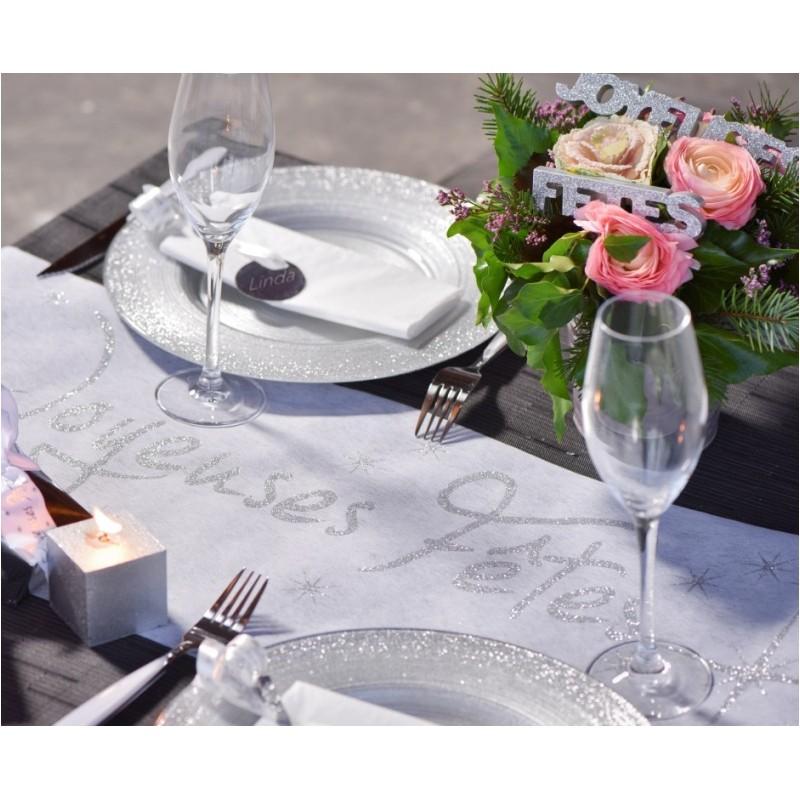 Chemin de table joyeuses f tes blanc et argent chemin de - Chemin de table plastique ...
