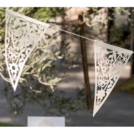 Guirlande fanions dentelle carton blanc 300 cm