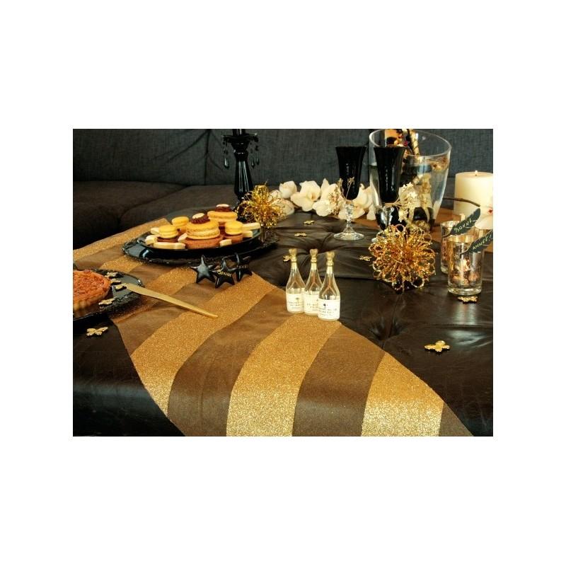 Chemin de table organdi or rayures paillet es chemins de table f tes for Chemin de table or