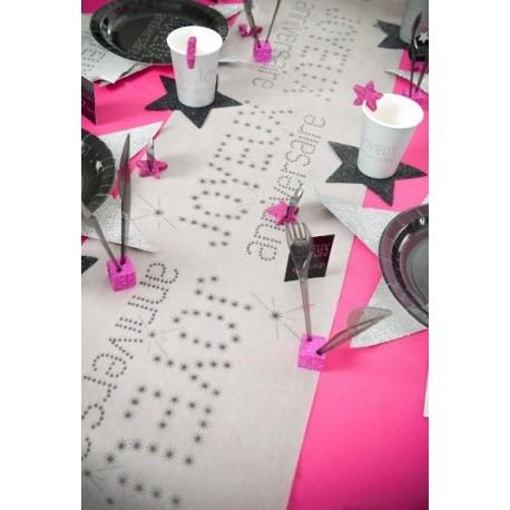 Chemin de table joyeux anniversaire gris intissé 5 M