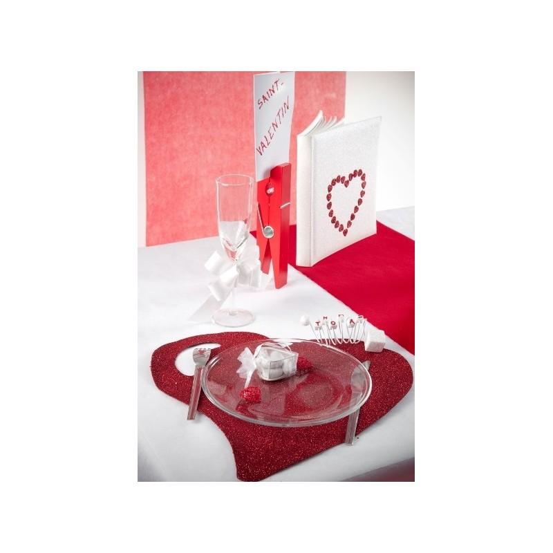 sets de table coeur rouge paillet 38 cm set de table forme coeur deco festive. Black Bedroom Furniture Sets. Home Design Ideas